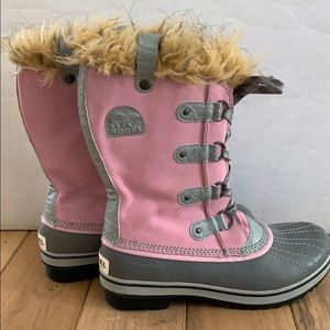 Sorel faux fur waterproof pink suede lace up boots